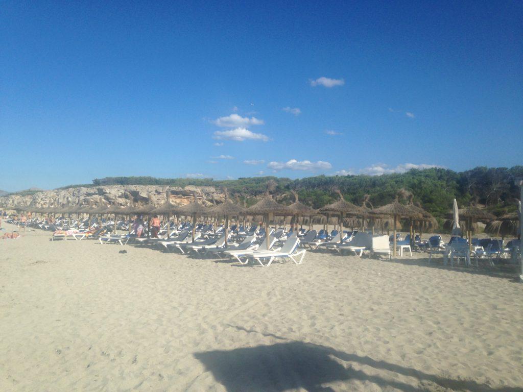 Vista Park Can Picafort Strand mit Strandliegen